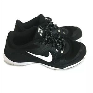 Nike women's running Gym Workout Shoes Size 8.5